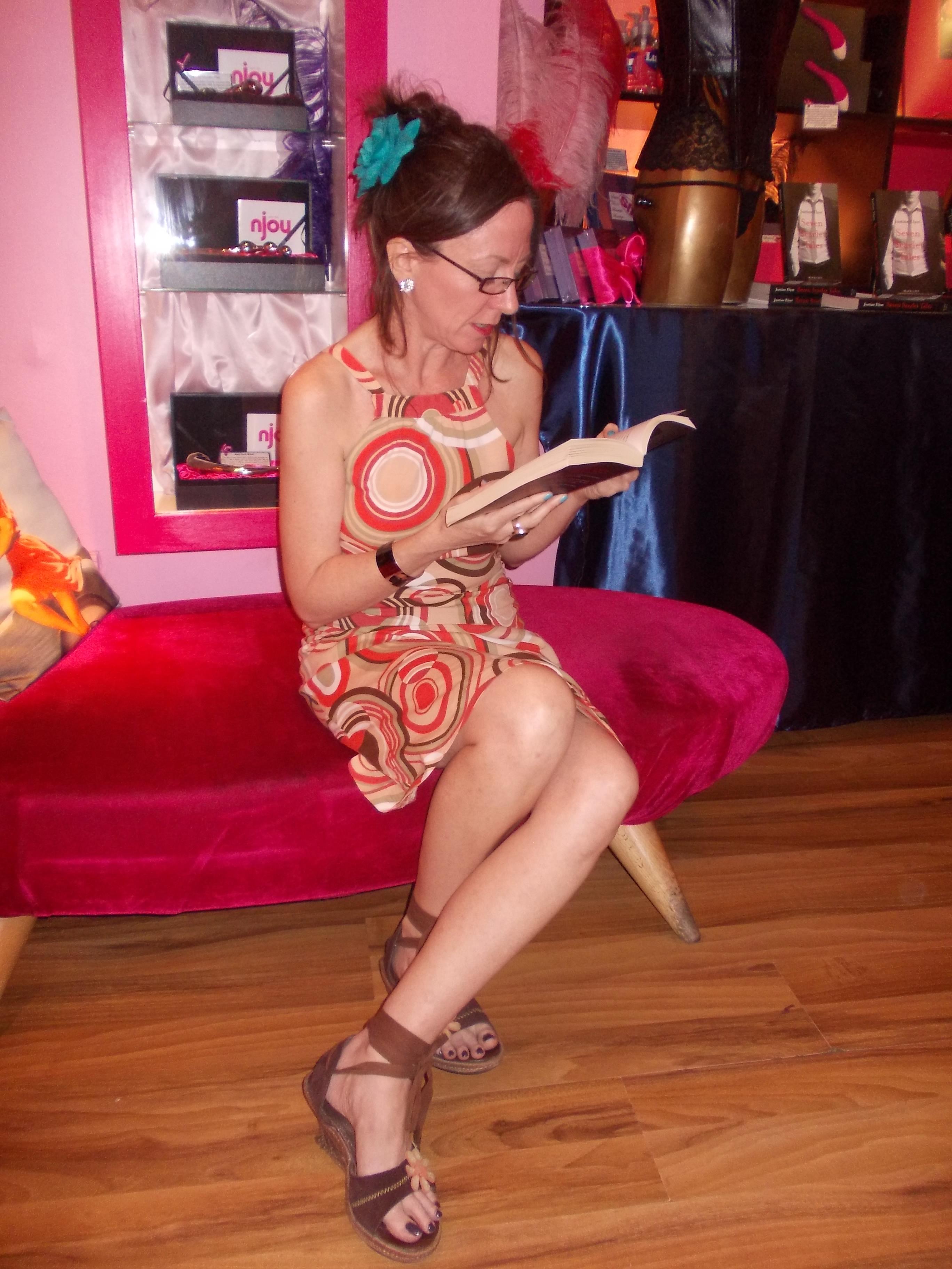 vibrator while reading